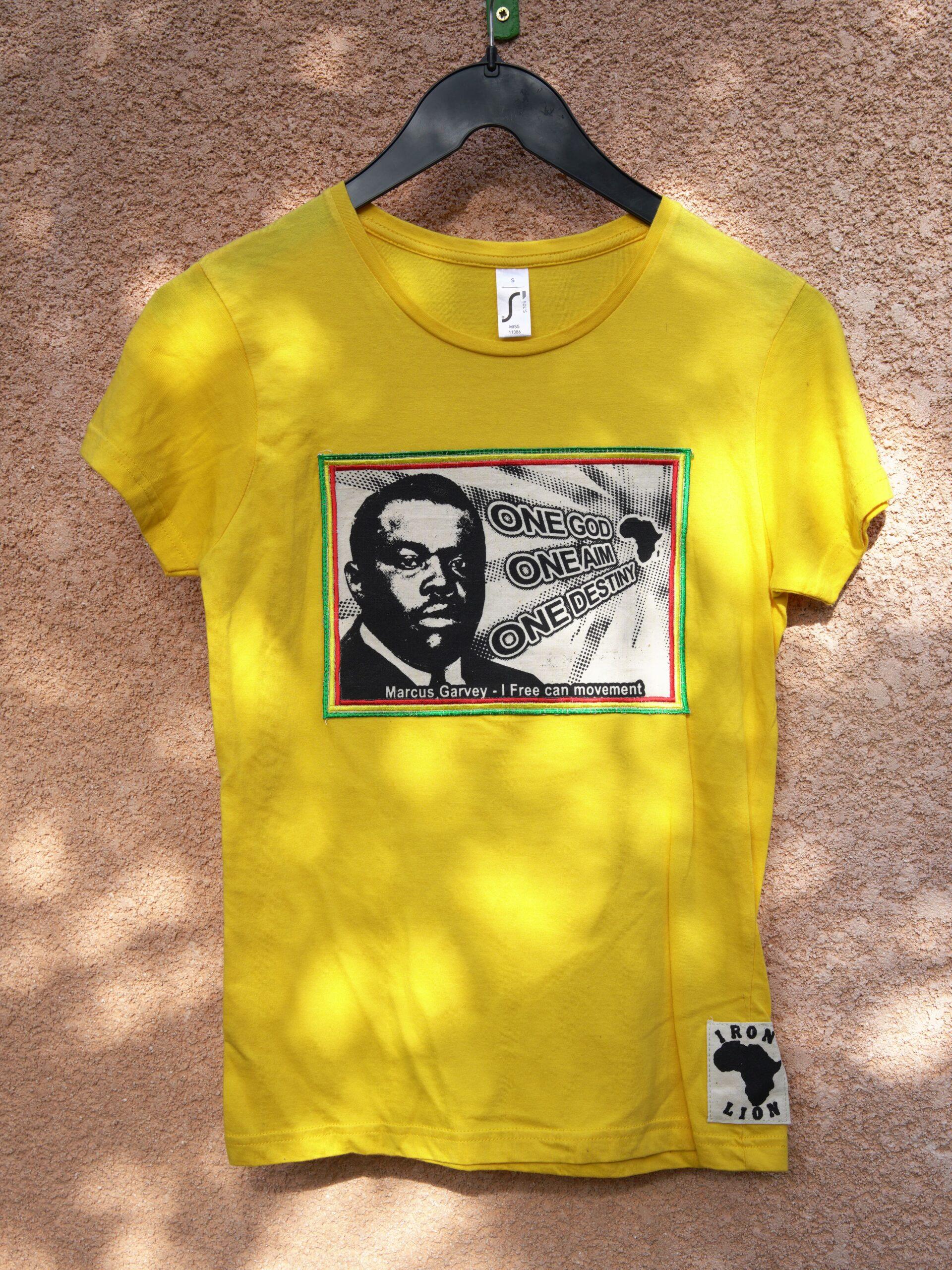 T.Shirt Femme Marcus Garvey one god one aim one destiny -jaune