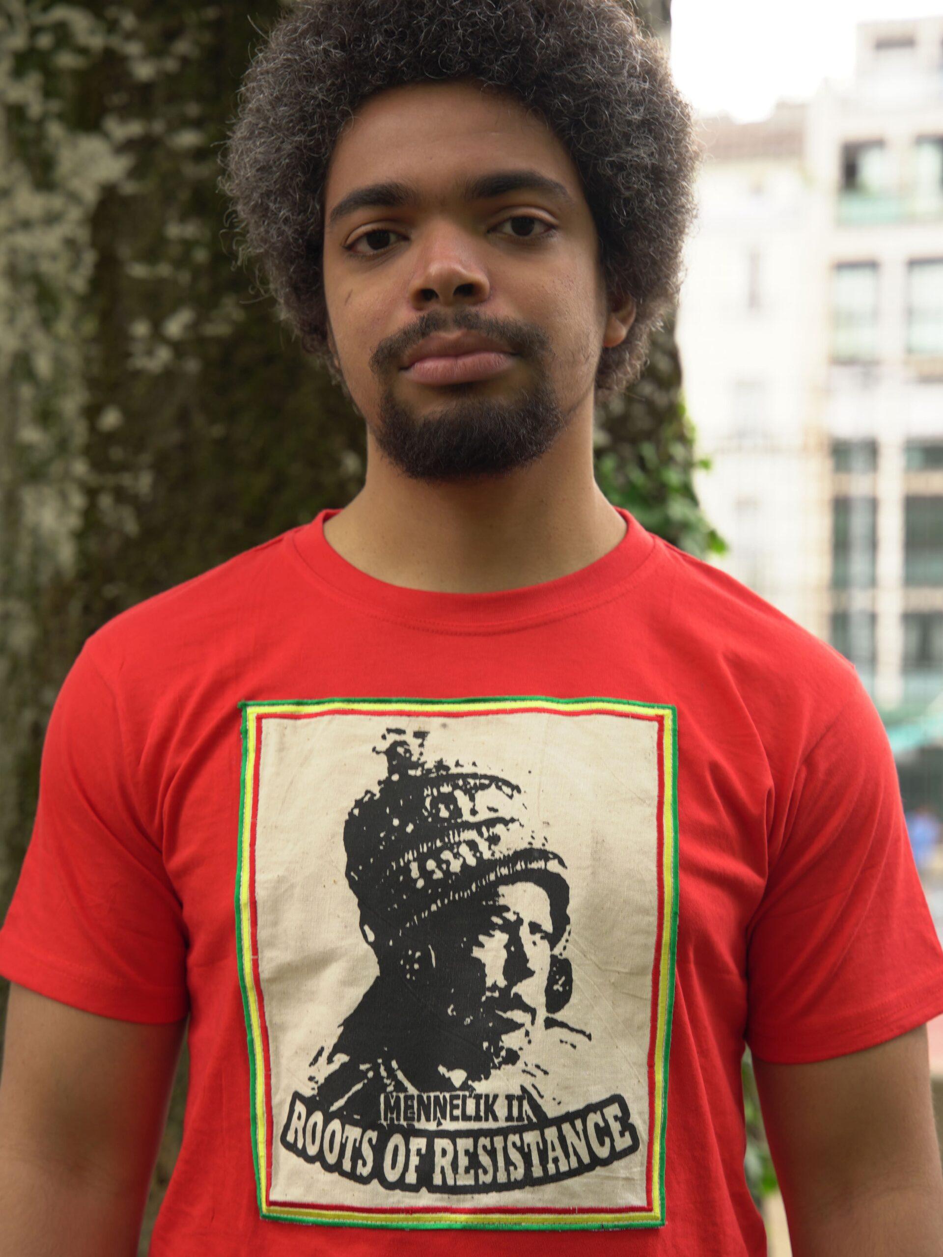 T.Shirt Mennelik - rouge-L