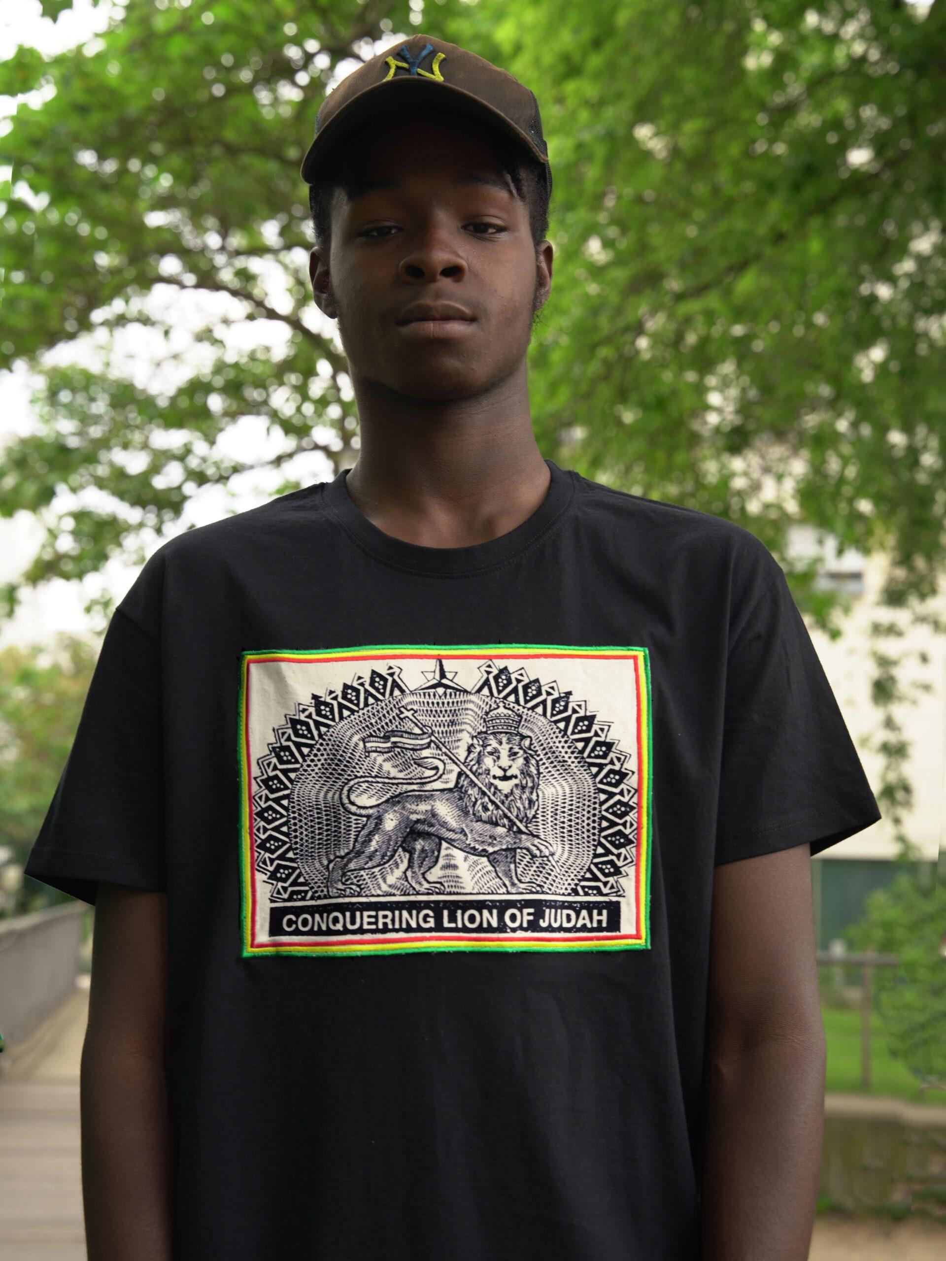 T.Shirt Conquering Lion Of Judah Noir L