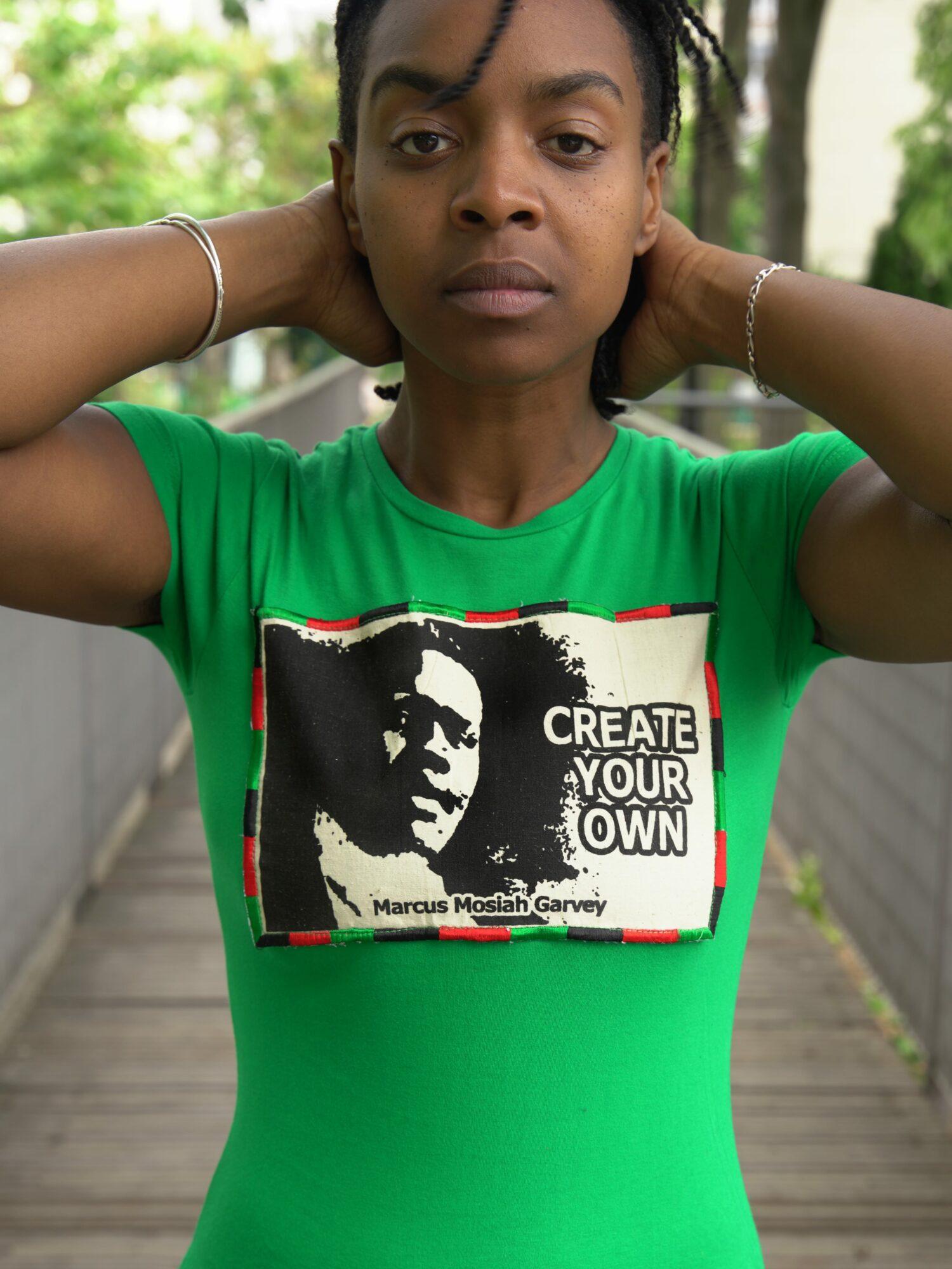 T.Shirt Femme Create Your Own -vert pièce unique