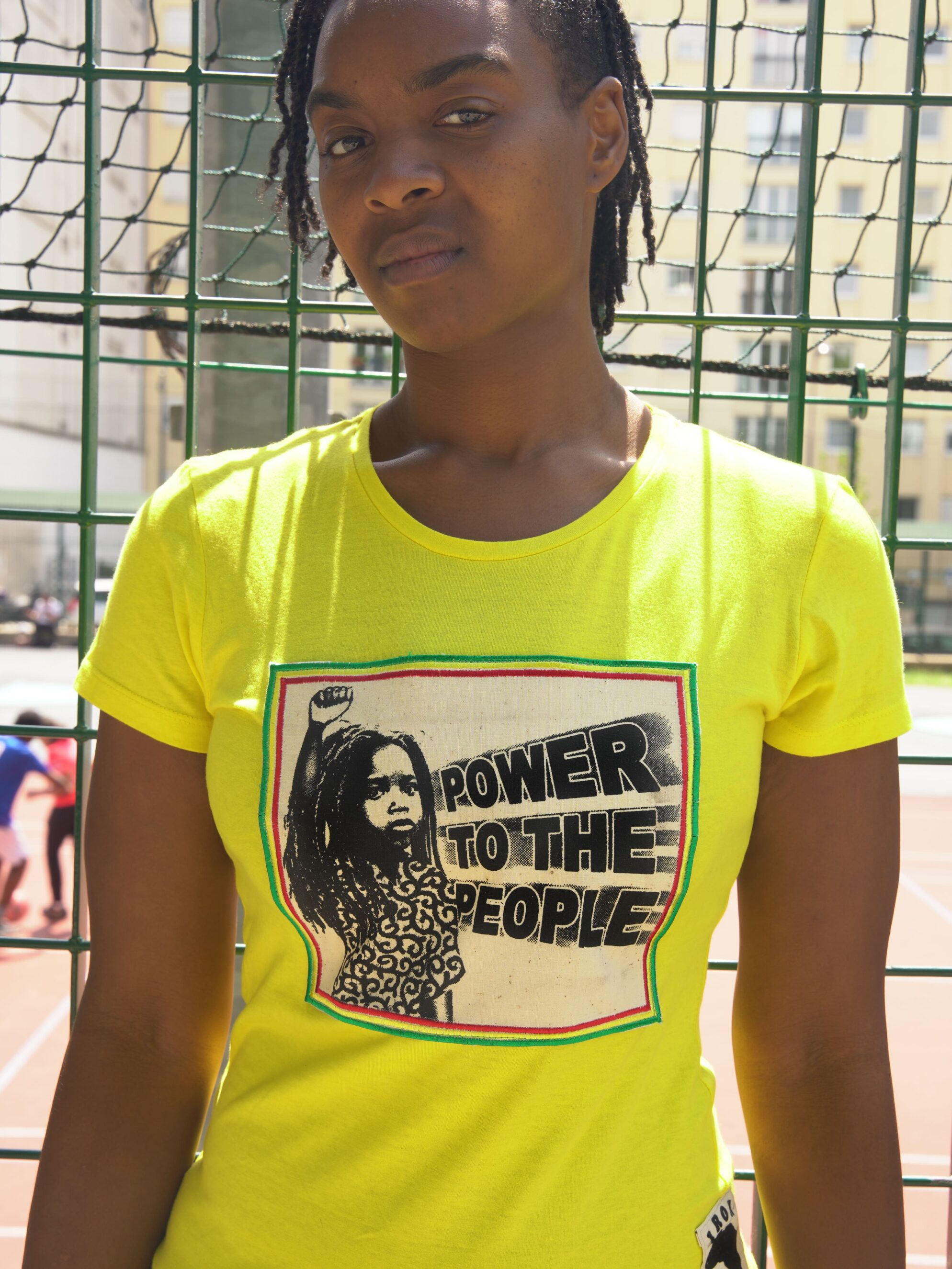 T.Shirt Femme Power to the People -jaune