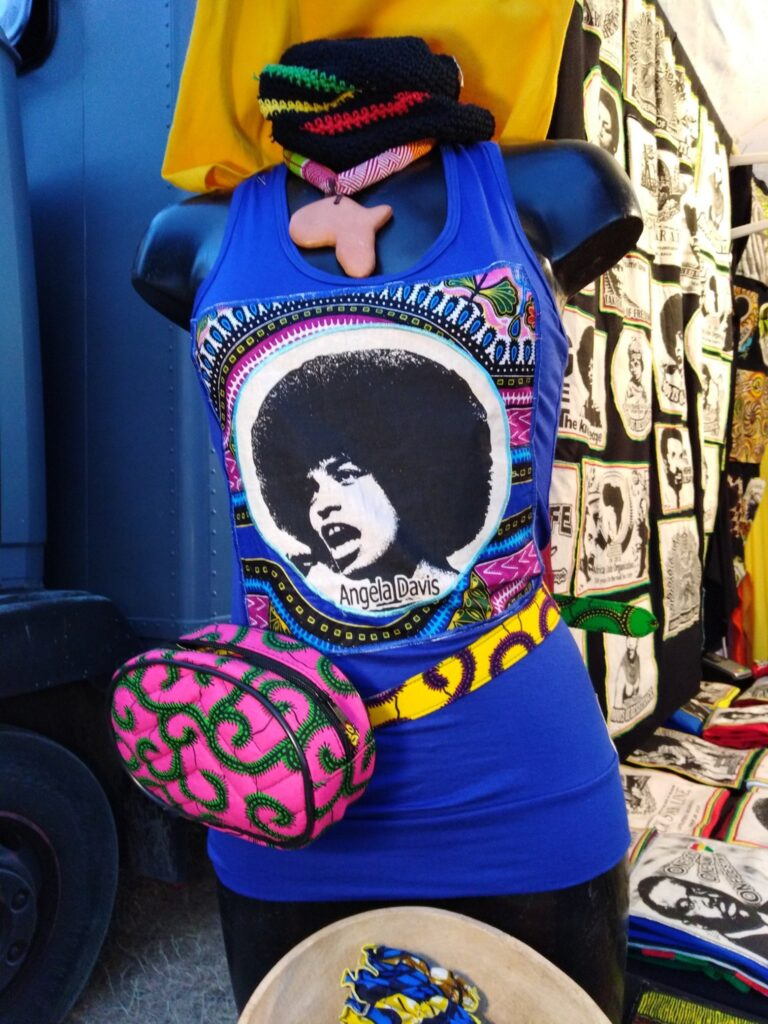 T.Shirt Angela Davis-wax-bleu